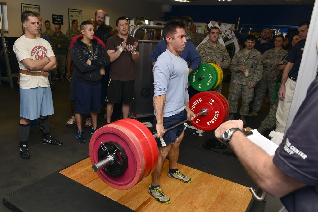 example of deadlift surrounded by training partners